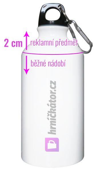 Láhev s potiskem je stylovým doplňkem, skvělým dárkem i reklamním předmětem